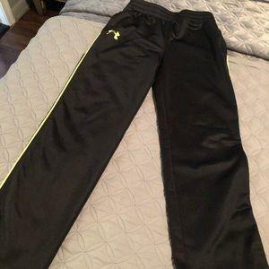 Boys ua jogger has pockets